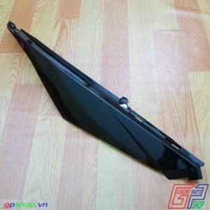 Ốp bụng phải Satria F250 Fi đen bóng