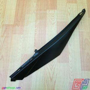 Ốp bụng trái Satria F150 Fi đen nhám